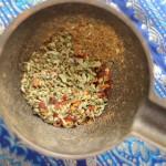 Pimienta de cayena, orégano, comino recién molido