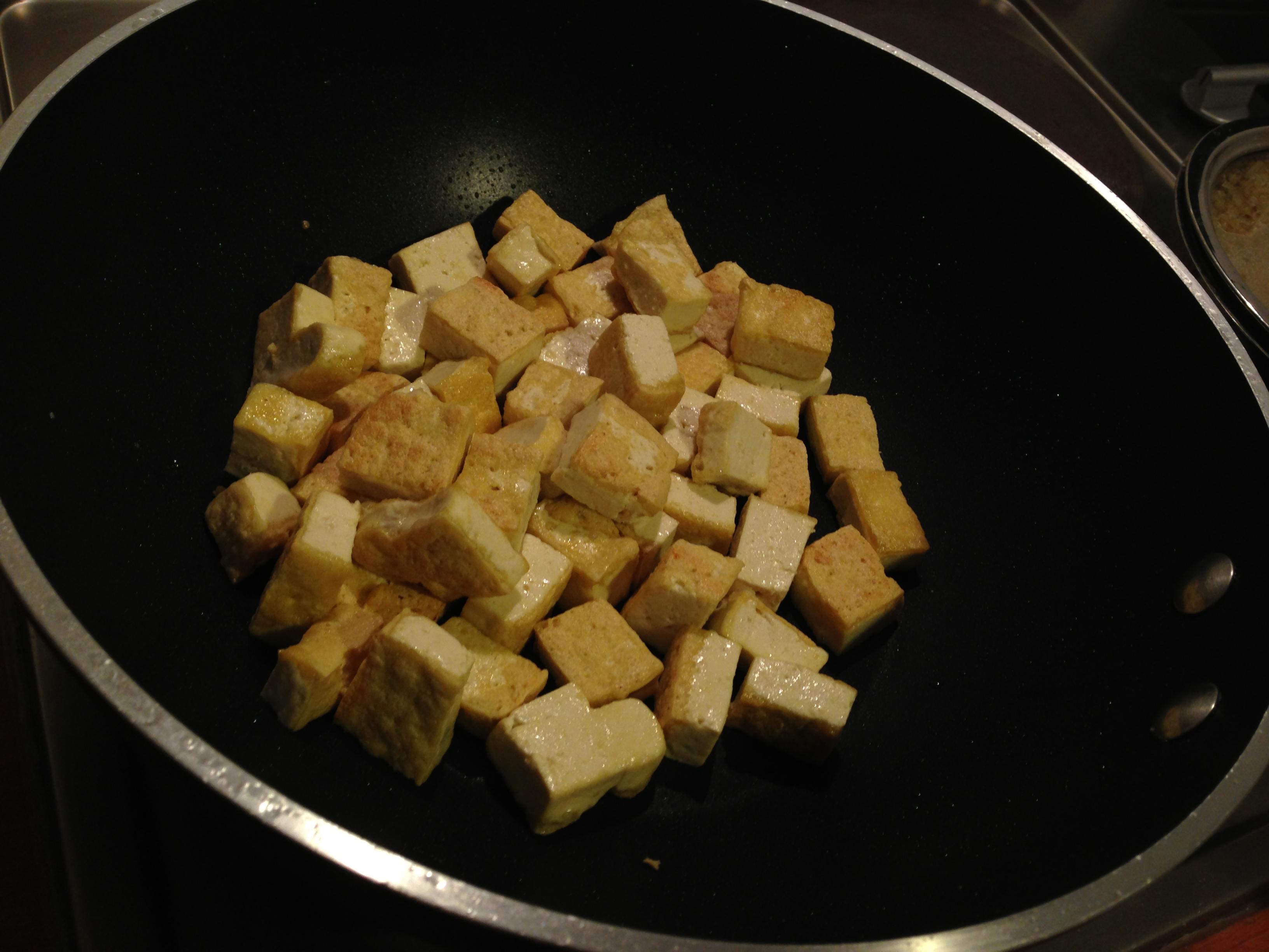 Salteando el tofu